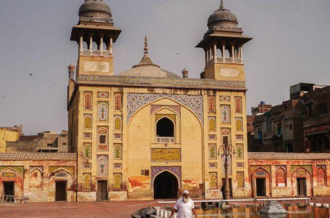 meczet-wazir-khan-cudo-w-ruinie